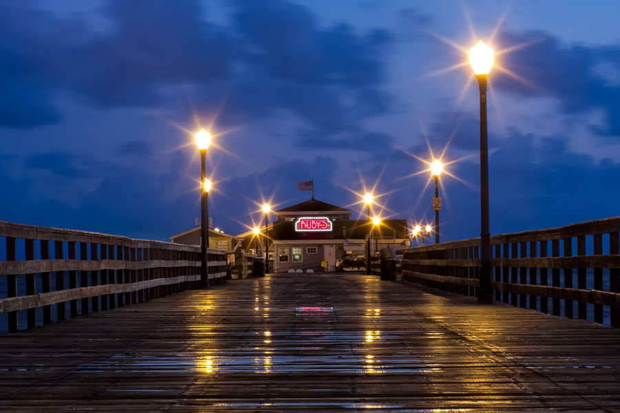 Ruby's Diner - Seal Beach Pier